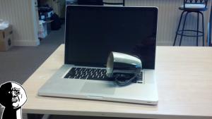 macbook-water-spill