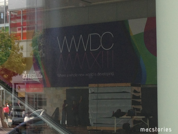 Apple-setting-up-for-WWDC-2013-MacStories-001